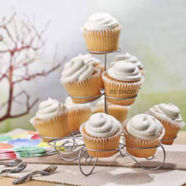 Cupcake Stand / Holder