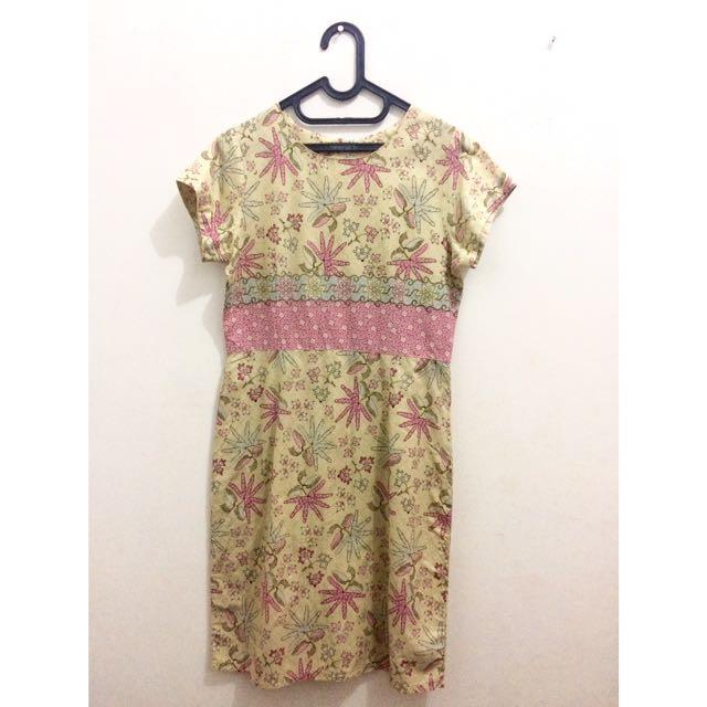 Gaya Batik Dress