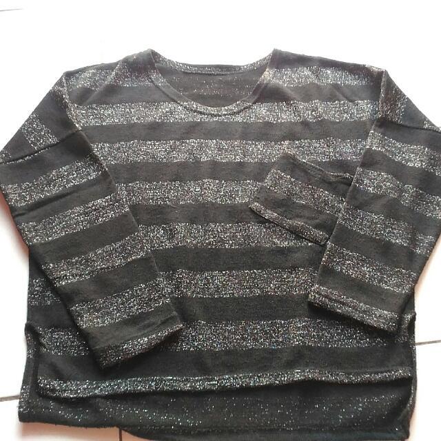 Glittery knitwear