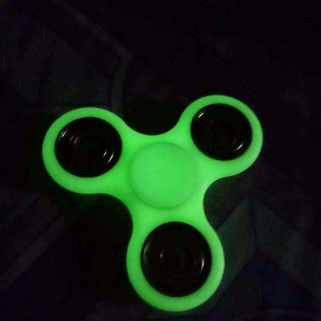 Glow In The Dark Fidget Spinner