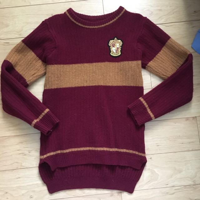 Harry Potter Gryffindor Sweater (XS)