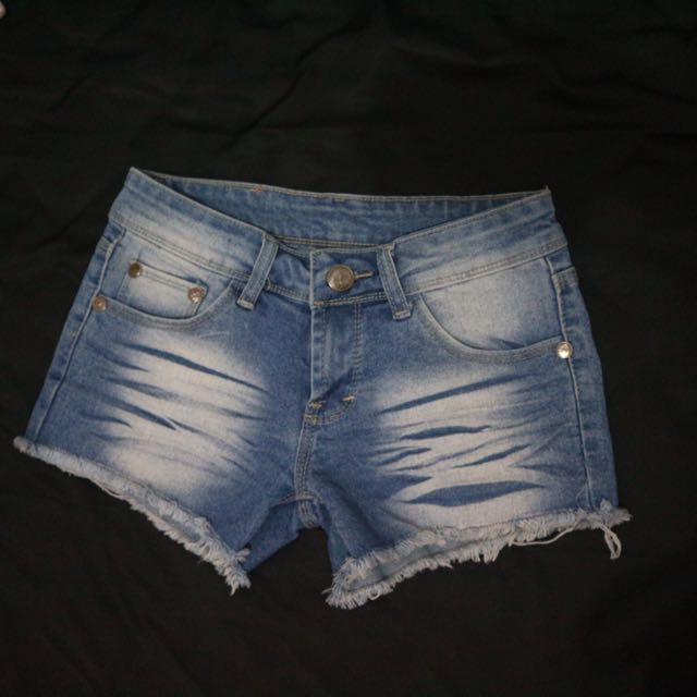Low Hot Pants Jeans