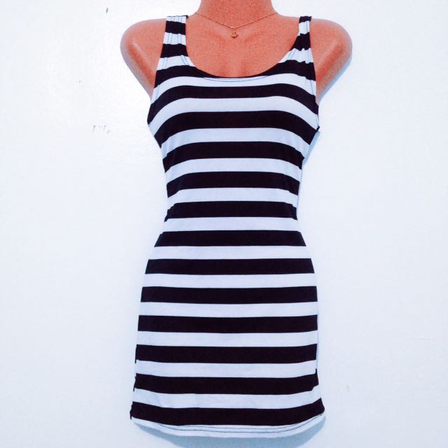 Low-back Striped Sleeveless Top