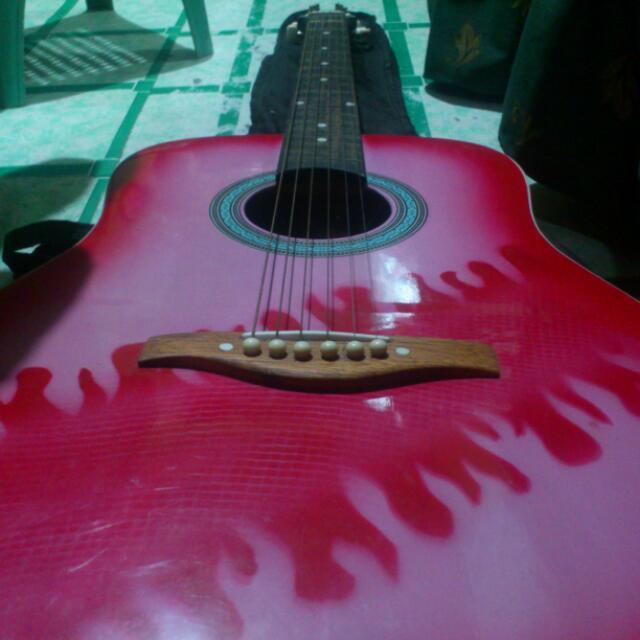 RESERVE!!!Lumanog guitar