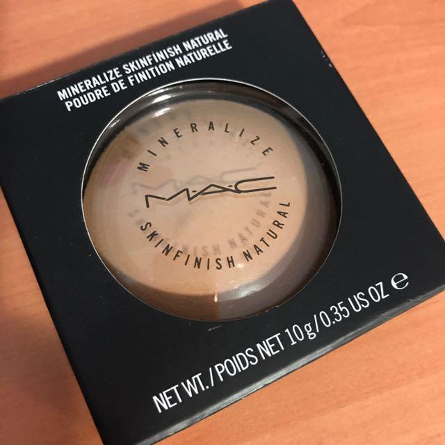 MAC Mineralized Skinfunish Natural