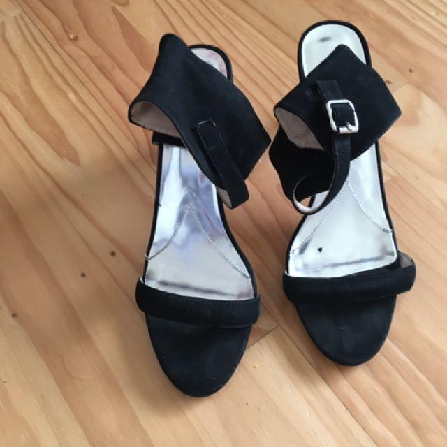 Mi Piaci Heels!