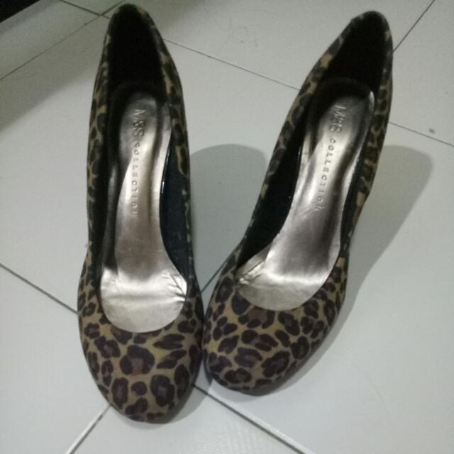 M&S CHEETAH HIGH HEELS