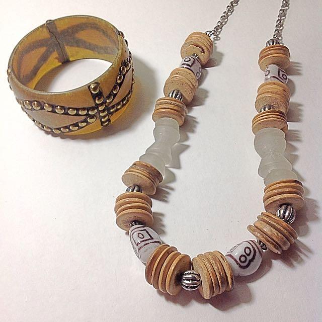 Necklace & Bangle Set