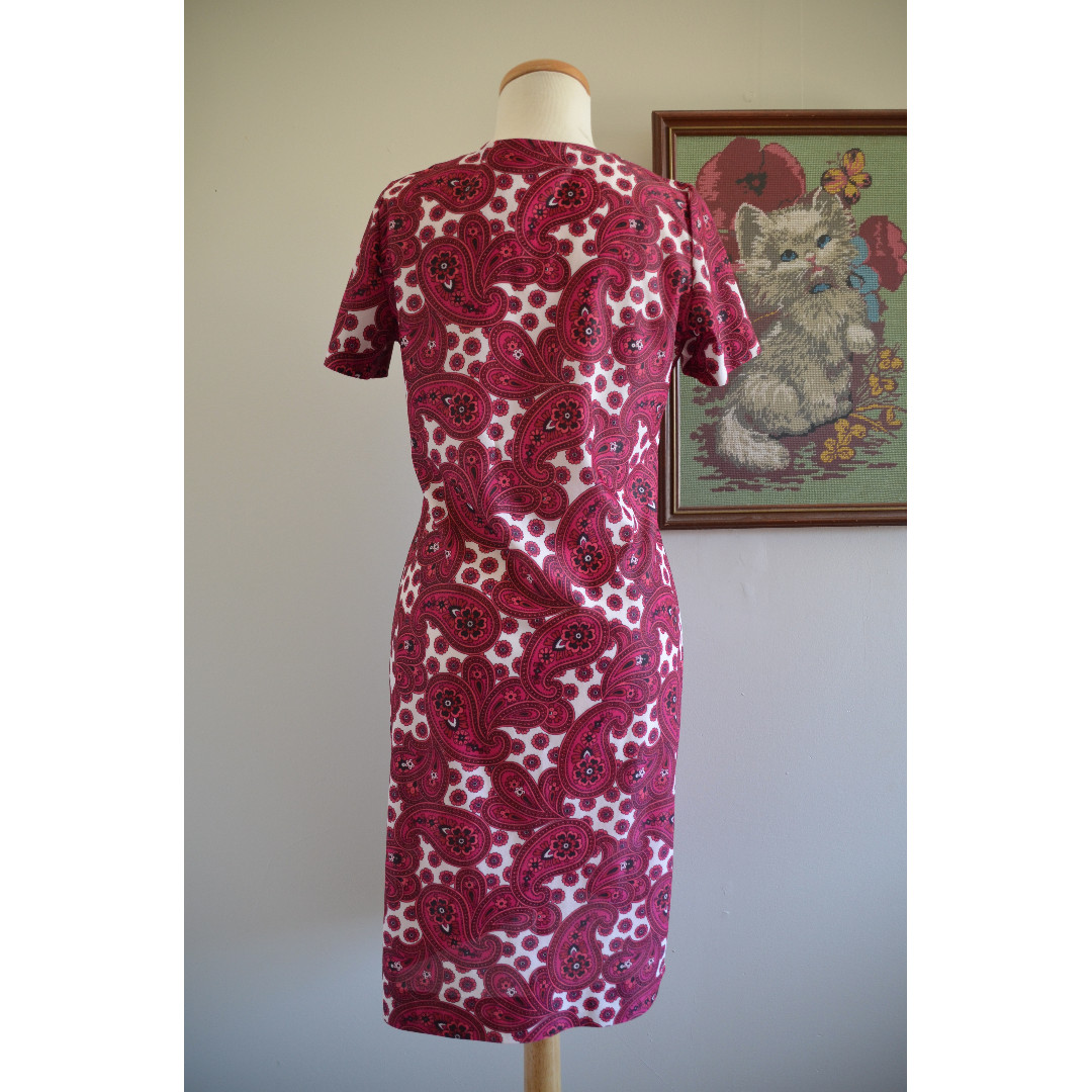Paisley Shift Dress, 1960s Retro Vintage Pink and White