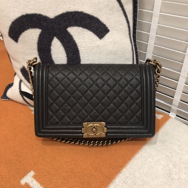 fddf8dcee4a4 PRELOVED Chanel New Medium Boy Bag, Luxury, Bags & Wallets on Carousell