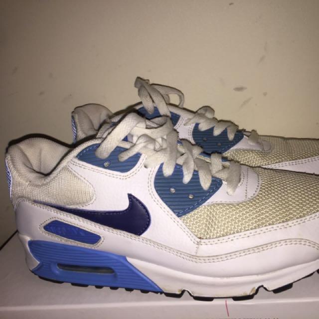 Size 8 Air Max