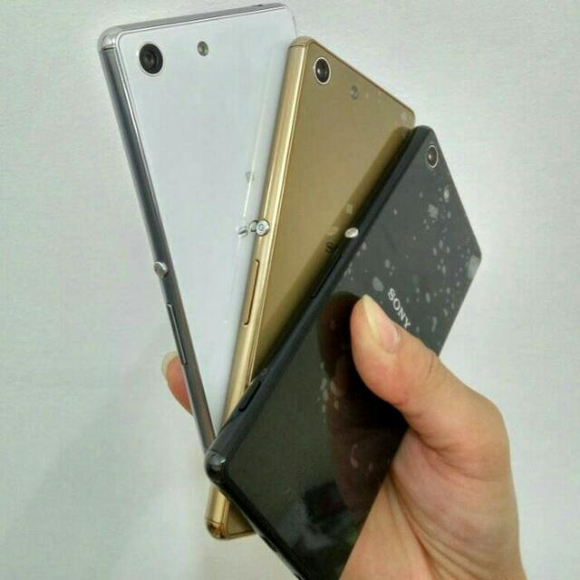 Sony Xperia M5 Global Fullset - Mulus Like New