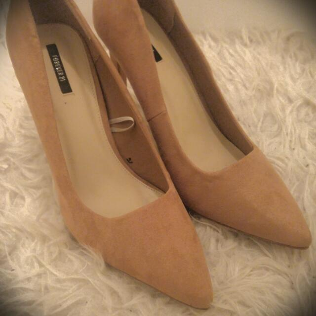 Suede Beige Pumps, Forever 21, Never Worn