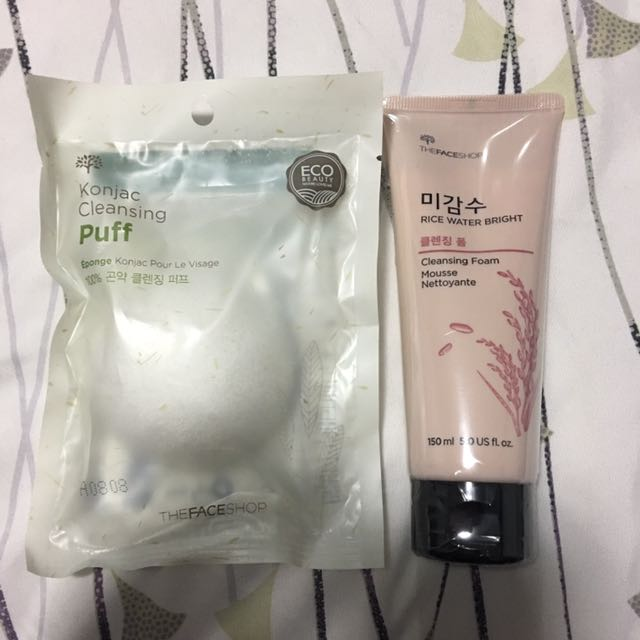 The Face Shop Cleansing Foam And Puff