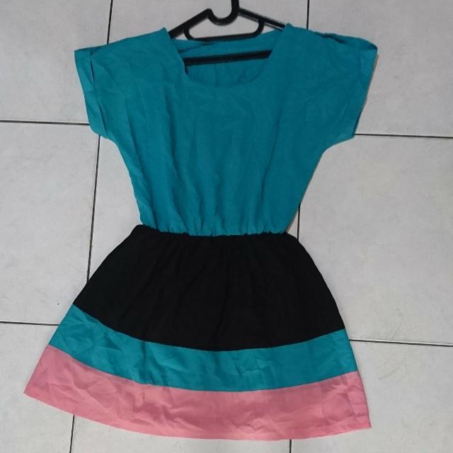 TOSCA PASTEL FLARE DRESS