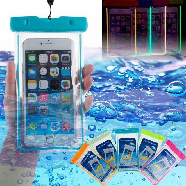 underwater pouch