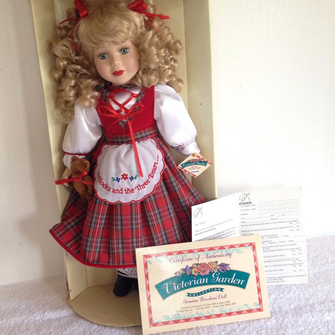 Victorian: Genuine porcelain doll