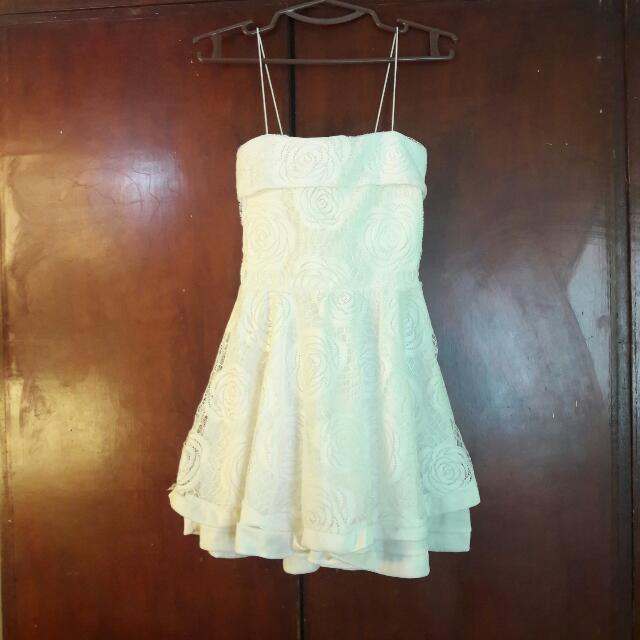 WHITE FLOWER LACE DRESS