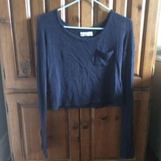 Hollister cropped navy blue sweater (size xs)