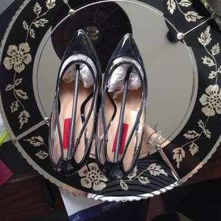 U.K. Size 5/ Nz Size 7 Black Heels