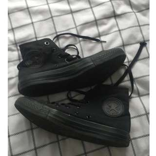 High-top Black Converse