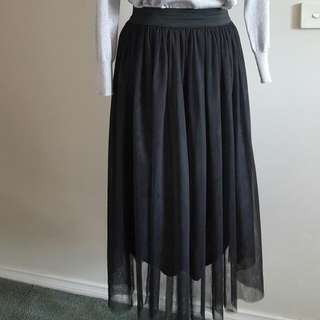 Beautiful skirt size 10