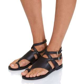 Size 37 Everly Sandals Saba