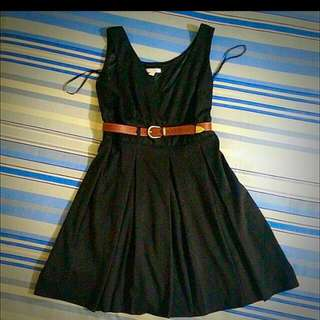 Dress Hitam Merk New York & Company
