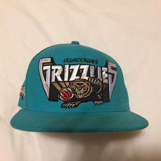 New Era Vancouver Grizzlies Cap - Size 7 1/8