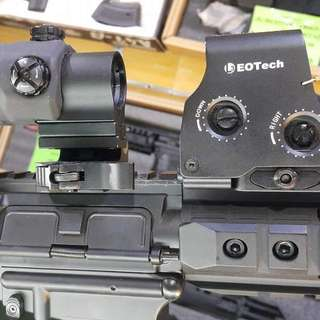Airsoft Eotech 551 With Magnifier