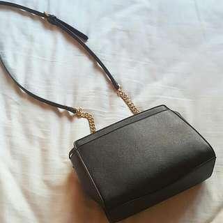 Black Medium Shoulder Bag