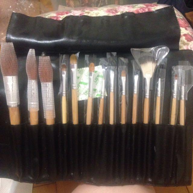 14件刷具組 修容刷 蜜粉刷 眼影刷
