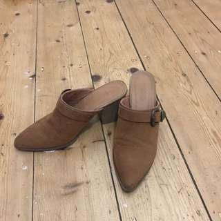 Pixie Heels