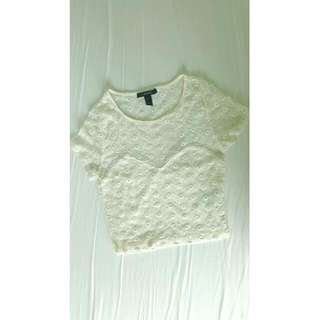 FOREVER 21 White cropped lace top