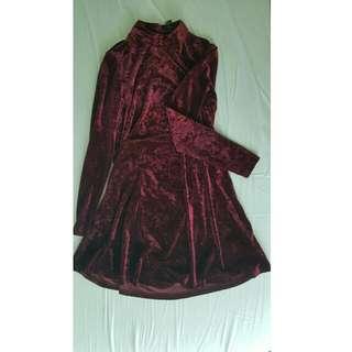 FOREVER 21 Red velvet dress