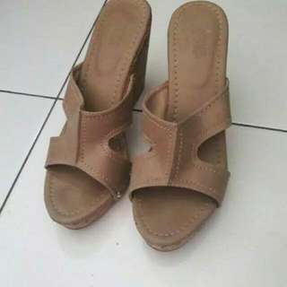 wedges sophie paris