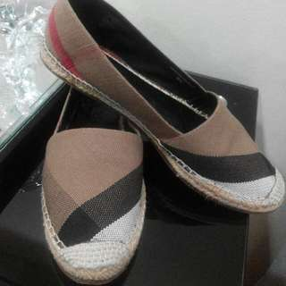 💯 Authentic BURBERRY Espadrilles (Serious Buyer Only)