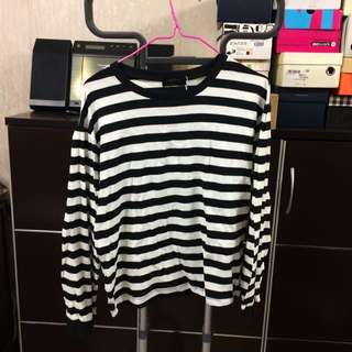 Black & White Stripped Long Sleeves Top