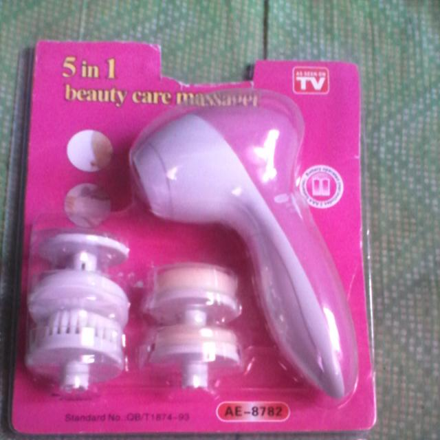 5 In 1 Beauty care Massager/