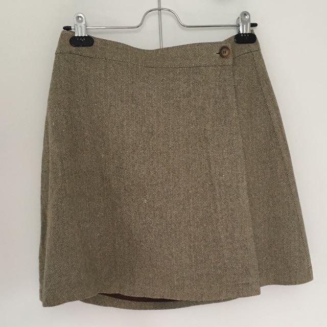 90s Clueless-esque Herringbone Mini Skirt