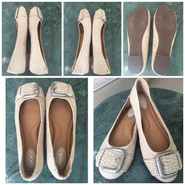 Authentic FOSSIL Flat Shoes Preloved Good Cond