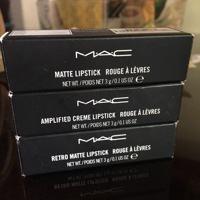 Authentic MAC Lipstick 🖤
