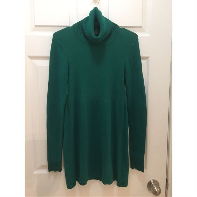 Bedo Turtleneck Sweater; Lightly Used; Colour - Emerald Green; Size S
