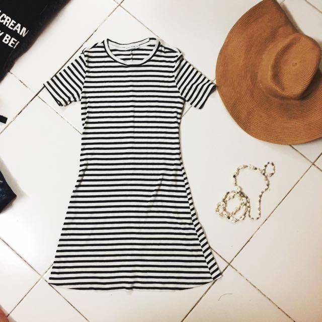BERSHKA Bodycon Striped dress