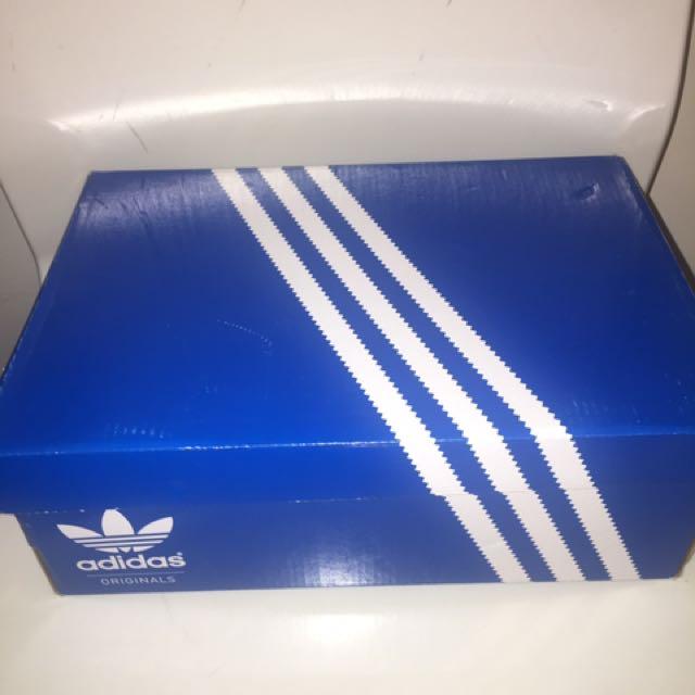 Brand New Adidas Superstar Size US 6.5