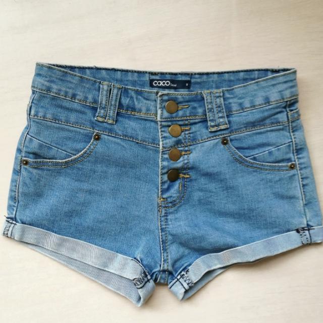 caco排釦牛仔短褲 #兩百元短褲