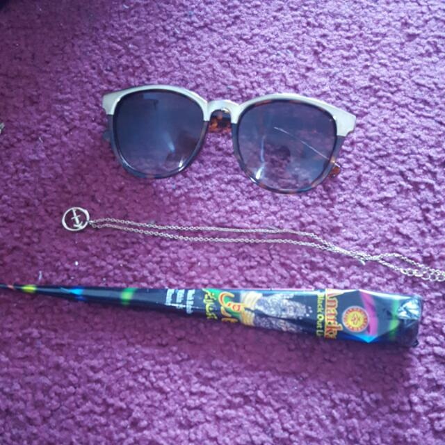 Cheapofilleapo Sunnies, Necklace, And Henna