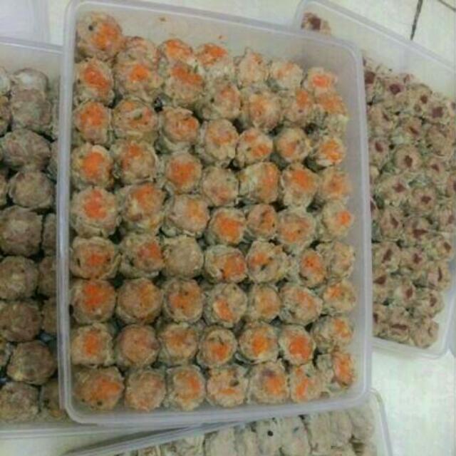 Dimsum Kepiting, Ayam, Udang, Wortel, Cumi, Jamur. (Prozen). Wa 08568163395