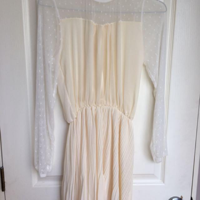 Gorgeous Polka Dot Lace Dress ❤️