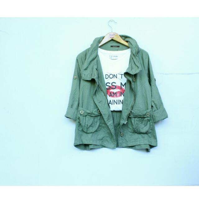 Green Parka With Little Deffect